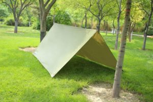 tarp tent bug out survival shelter